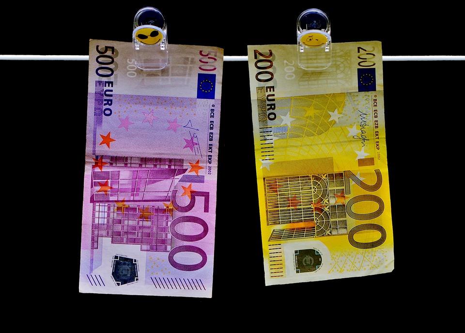money-2647321_960_720